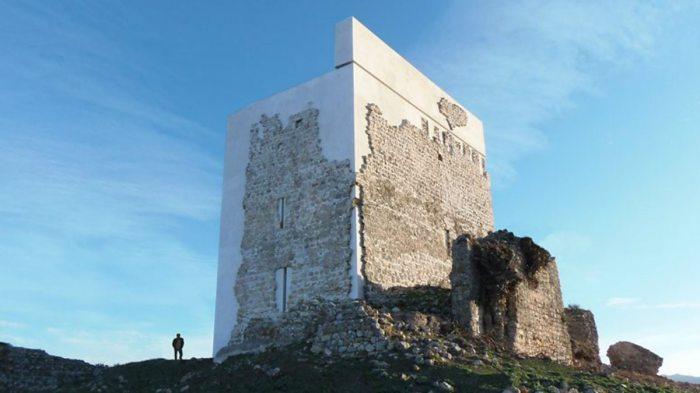 Criticised Spanish castle restoration wins architectureprize