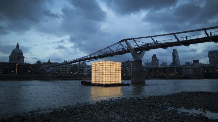 River Thames installation: Floating Dreams